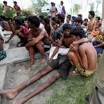 Házgyújtogatások és harcok Mianmar rohingyák lakta részén
