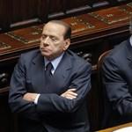 Berlusconi elvesztette parlamenti többségét