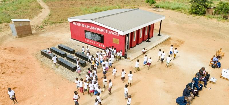 Toda la escuela impresa en 18 horas, un método que puede reducir los precios de construcción en cualquier lugar