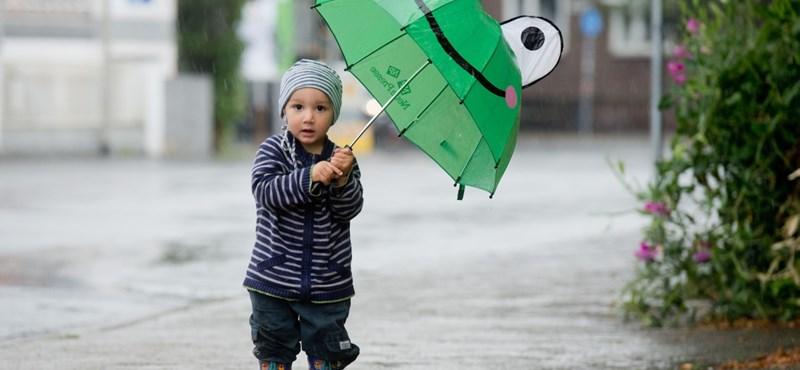 Kelleni fog a kiskabát és az esernyő is