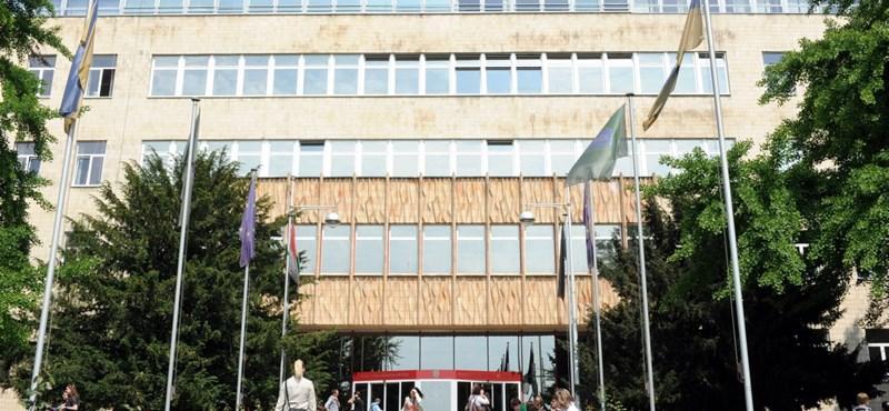 Kormánypénzen vesz telket az egyetem Tiborcz közeléből