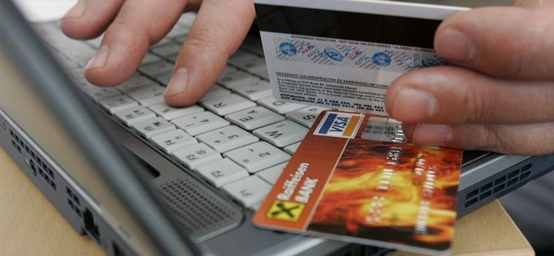 Ellopták a pénzét a neten? 52% esélye van a kártérítésre