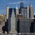 Az már nagy baj, ha Manhattan luxusboltjai is lehúzzák a rolót, de miért?