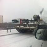 És akkor Józsi tankkal indul Brüsszelbe