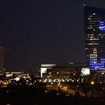 Videó: Tetrist játszottak egy 30 emeletes felhőkarcoló oldalán