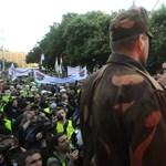 A kormány titkolja, mire jutott a rendvédelmisek ügyében