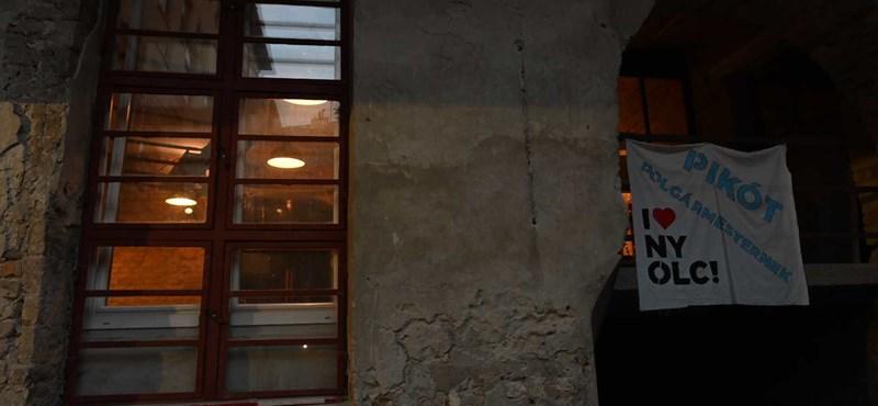 Házkutatás Pikóéknál: nincs gyanúsított