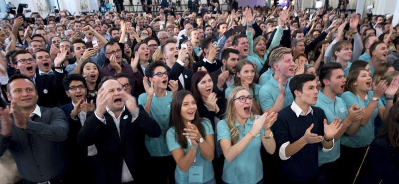 Szervusz, Kurz! Az újraszabott konzervatív párt nyert Ausztriában