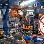 Az Adidas már bevetette a robotjait