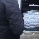 Az MSZP-s politikus nem tudja, ki tett cigarettát autójába, mielőtt átjött volna az ukrán határon