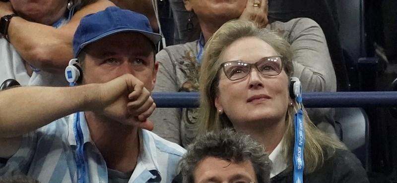 Meryl Streep sörrel a kezében is tökéletes