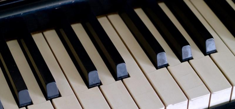 A világ egyik legjobb jazz zongoristája Veszprémben