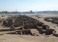 """A """"3000 éve elveszett egyiptomi aranyváros"""" minden volt, csak nem elveszett és nem arany"""