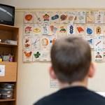 Egyre nagyobb kihívás lesz a tanárhiány, derül ki egy friss uniós jelentésből