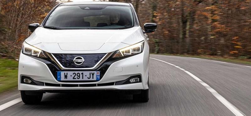 10 éves a Nissan Leaf villanyautó, itt a jubileumi limitált széria