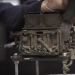 Zseniális timelapse videó: így újítja fel egy profi a karburátort