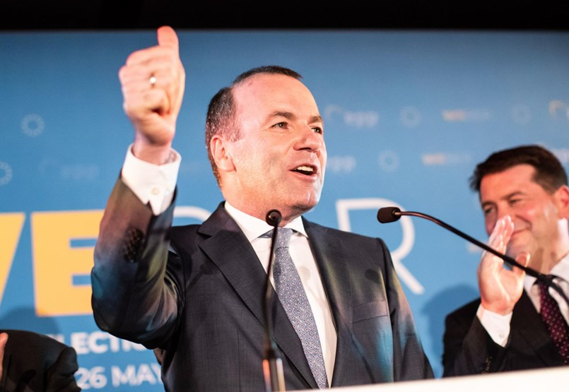 A játszmának vége, Manfred Weber kezében a Fidesz sorsa