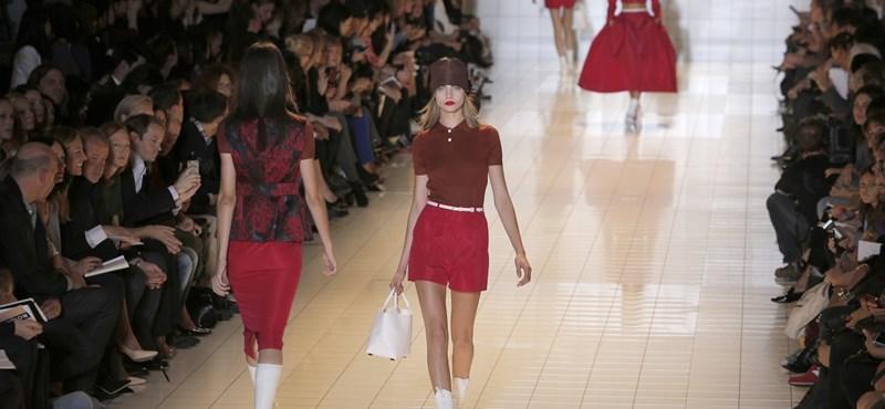 Szezont a fazonnal, pirosat a bordóval: a colorblocking lejárt, a bi-tone divat