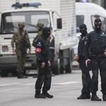 Nagyon fáradtak a Brüsszelt védő egyenruhások, segítséget kér a polgármester