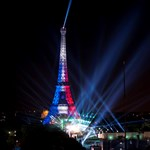 Azért is lesz tűzijáték Párizsban, de ez lesz a valaha volt legszomorúbb ünnepség
