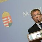 Orbánék átverték Tarlóst a közműadóval