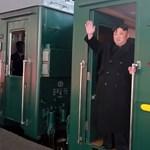 Már Kínában van Kim Dzsong Un páncélozott vonata - videó
