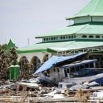 Már több mint 1400 halottja van az indonéziai földrengéseknek – fotók