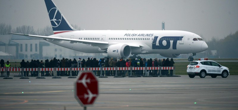 Még két légitársaság állította le a Dreamlinereket