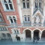 Új szabályok jönnek: változtatnak a jogi szakvizsgán