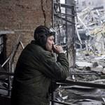 Baj van Kelet-Ukrajnában: Kijev szólt, hogy beveti a tüzérséget