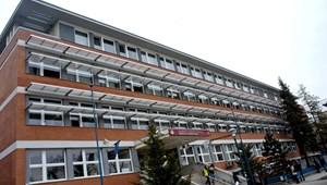 Simán átment: a Budapesti Gazdasági Egyetemen is megszavazták a modellváltást