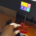 Miért jó, ha van otthon egy 3D-nyomtató? Íme egy magyar sikergép