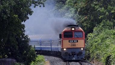 Gázolt a vonat Érden