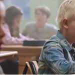 Milliók hatódtak meg ezen az iskolai videón