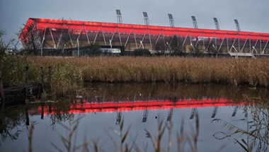 Továbbra is a szuperbaktérium áll nyerésre a fehérvári stadionban