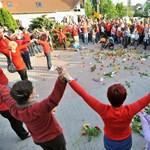 Iskolabezárások ellen tiltakoztak Budapesten