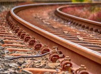 Halálos gázolás történt egy agárdi vasúti átjáróban