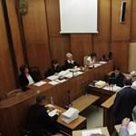 Szakértők összecsapásával folytatódik a Rezesova-per