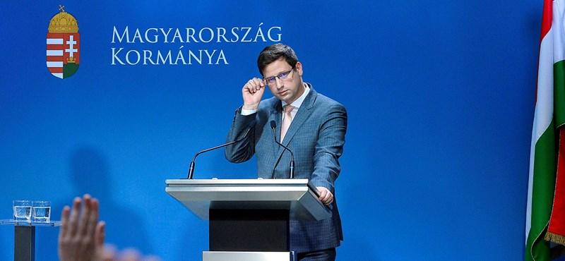 Gulyás Gergely azt kérte a kormánypárttal nem szimpatizálóktól, tegyék a szívükre a kezüket