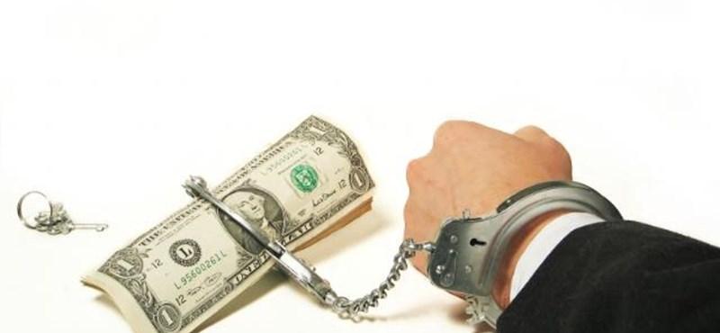 Politikusokat tartóztattak le korrupció miatt