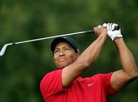 Tiger Woods súlyos autóbalesetet szenvedett