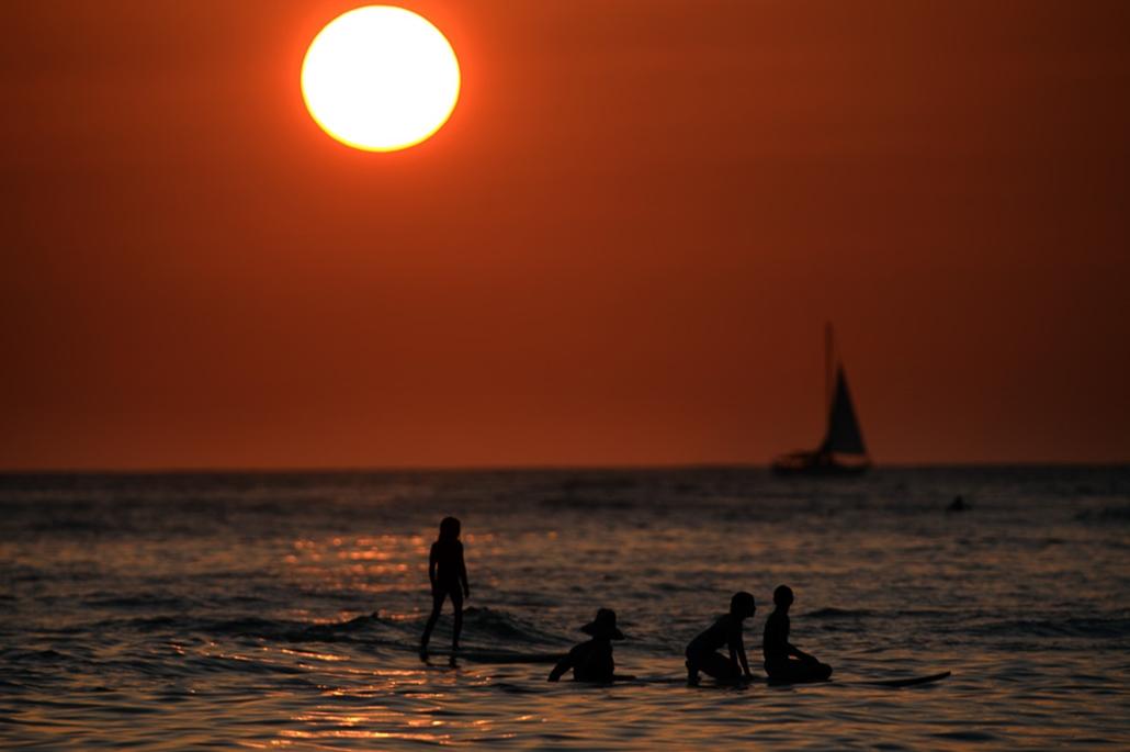 Újév, szilveszter 2014, tengerpart, Hawaii