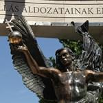Valamire készültek a Szabadság téri emlékműnél, de nem lett semmi