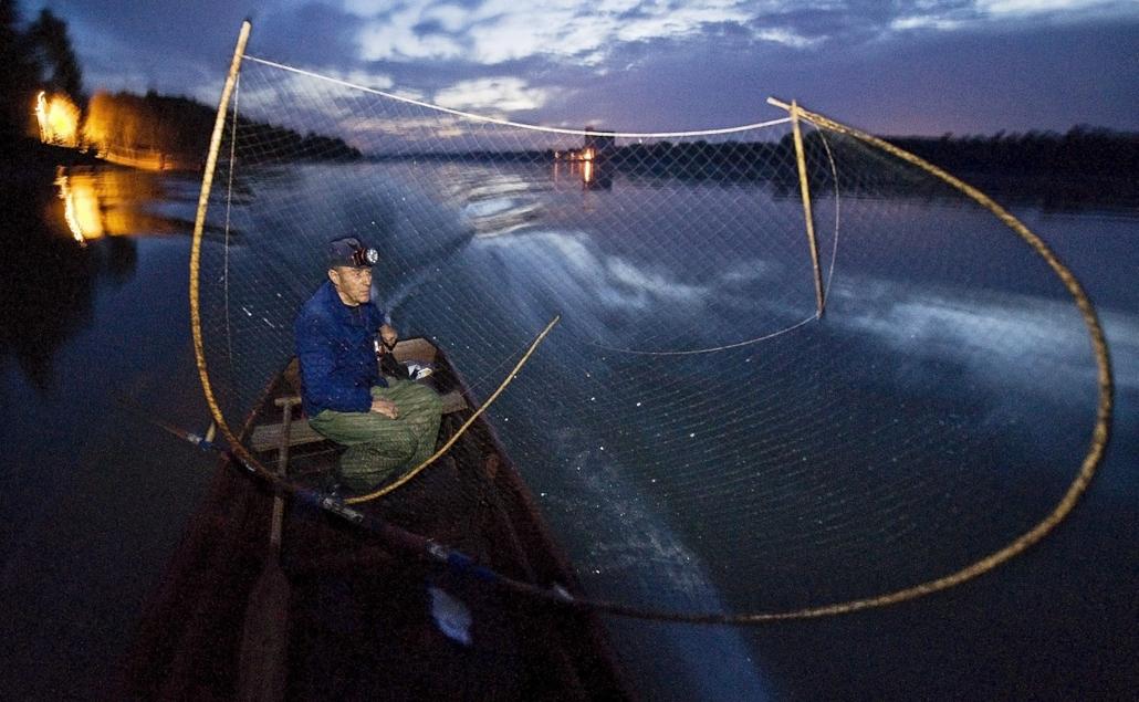 hét képei 2013.10.21.-10.26.Hagyományos halászat a Dunán, Fajsz, 2013. október 25.