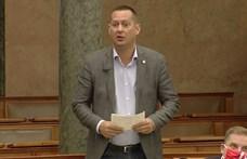 Az MSZP azt kéri, hogy a kormány adjon minden magyar nőnek 10 ezer forintot