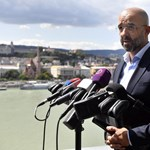 Nemzeti konzultáció: a kormány a menekülteknek sem fizetne