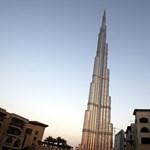 Megnyitotta kapuit a világ legmagasabb épülete - elképesztő videó