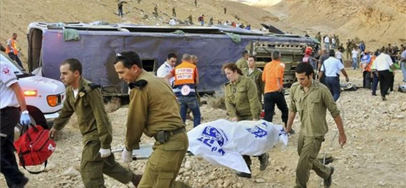 Sokkoló képek: orosz turisták súlyos balesete Izraelben