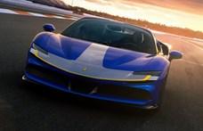 Már 2025-ben jön az első elektromos Ferrari