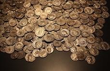 Több mint kétezer római kori pénzérme került elő Baranyában
